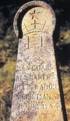 11. Montesegur Stele commemorativa
